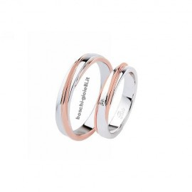 WEDDING RINGS IN GOLD 18k WITH DIAMONDS, 4mm IN HEIGHT.<BR>Weights and carat are indicative and they are subject to change depending on the ring size. Contact us for a personalized quote.