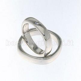 <B>FEDE DI NOSTRA CREAZIONE</B> COMODA CON BORDI ARROTONDATI IN ORO 18 karati ALTEZZA 4,3mm, FEDE UOMO G: 7,8 FEDE DONNA G: 6,8 REALIZZABILE IN ARGENTO, ORO, PLATINO. <BR>I pesi e le carature sono solamente indicativi e possono subire variazioni a seconda della misura dell'anello. Contattaci per un preventivo personalizzato<BR>Da <b>Reggio Emilia</b> la tua gioielleria a portata di click