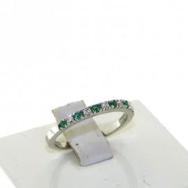 ANELLO IN ORO 18 karati CON DIAMANTI punti di carato 10 e smeraldi punti di carato 10, LARGHEZZA 2mm